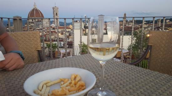 Il vero aperitivo! - Foto di Terrazza Brunelleschi, Firenze ...