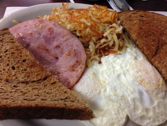 Wink's Old Town Grill : Fried Egg Breakfast
