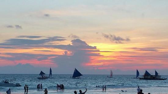 Boracay Royal Park Hotel: Lovely sunset @ Boracay