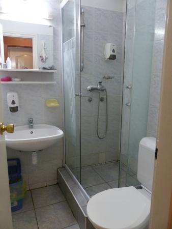 Villa Hotel Kristal: la salle de bain