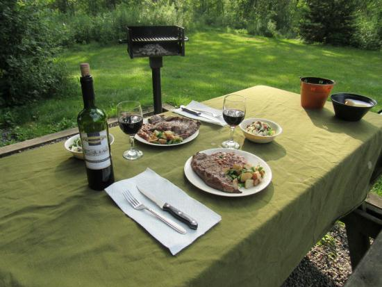 Finger Lakes Mill Creek Cabins: Steak dinner at Basswood!  Relaxation at its finest!