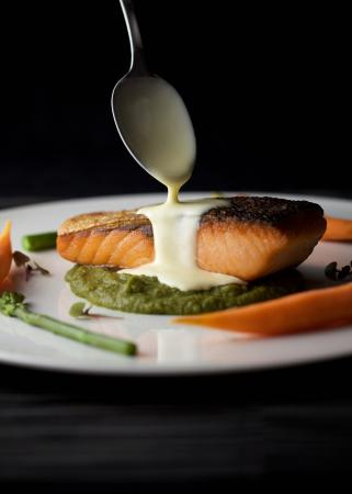 Aioli : Salmon Filet with Pommes Puree | Asparagus | Hollandaise
