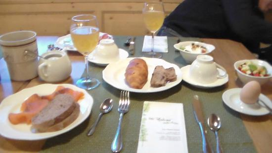 Hotel Pfandler Alm: Salmone e succo di mele , tutto Bio