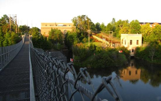 Ranney Gorge Suspension Bridge: The bridge and hydro electric plant