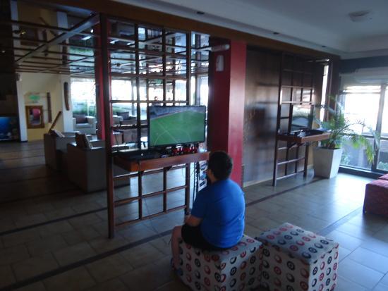 Piscina climatizada picture of atyla soho village hotel for Piscina climatizada