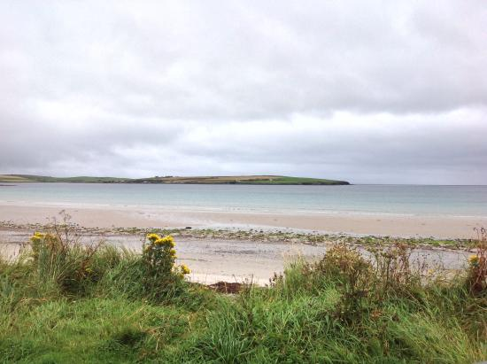 Deerness, UK: Beach near to cottage