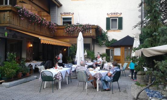Gasthof Zum Hirschen: Giardino
