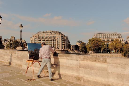 Paris, France: El Pintor.
