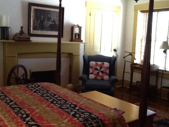 1840 Tucker House Bed and Breakfast 사진