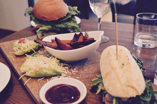 The Brewery Quarter: Dinner at Prezzo