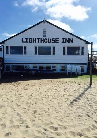 West Dennis, MA: Simply fantastic!  Best 24 hours we have spent in a long time:):). The Lighthouse Inn is the aut