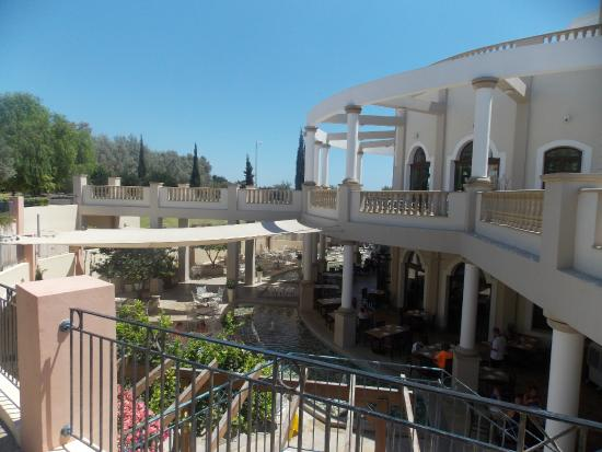 show user reviews aliathon holiday village paphos district
