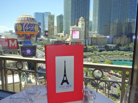 eiffel tower restaurant at paris las vegas picture of