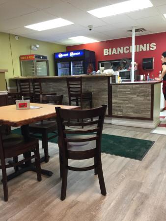 Bianchini's Pizzeria: Order Counter & Menu