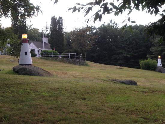 Lighthouse Inn B&B & Cottages: scene from the quiet five acres