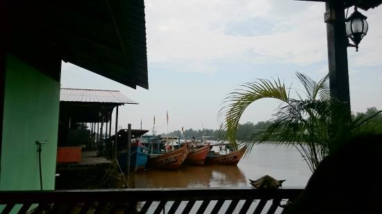 Riverside Seafood: Riverside Restaurant, Mukah