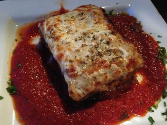 Pocco Piatti: Greek Lasagna-I'd order it again.