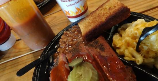 Moe's Original Bar B Que: Moe's BBQ