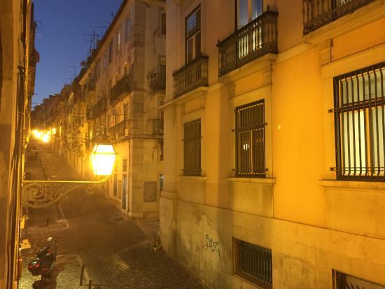 Stay Inn Lisbon Hostel : Vista da janela da sala