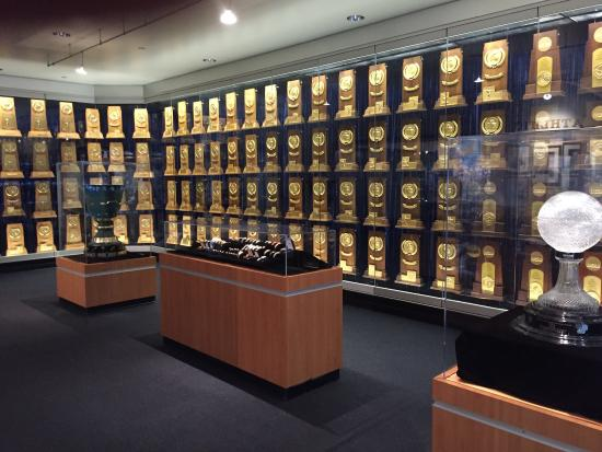 ‪UCLA Athletics Hall of Fame‬