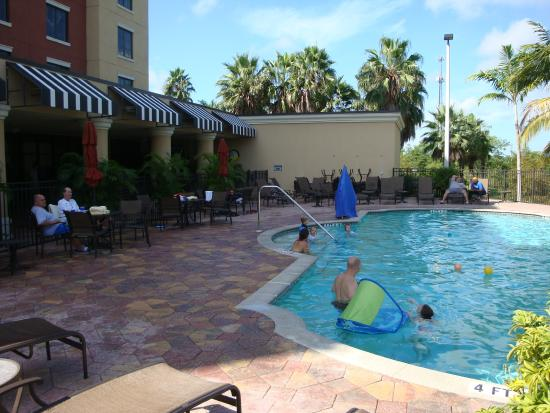 pool picture of embassy suites by hilton fort myers. Black Bedroom Furniture Sets. Home Design Ideas