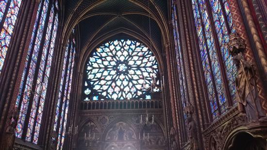 Paris, Frankrike: The rose window