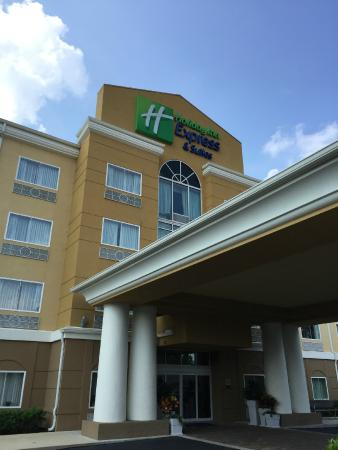 Holiday Inn Express Hotel & Suites Palatka Northwest: View of the hotel
