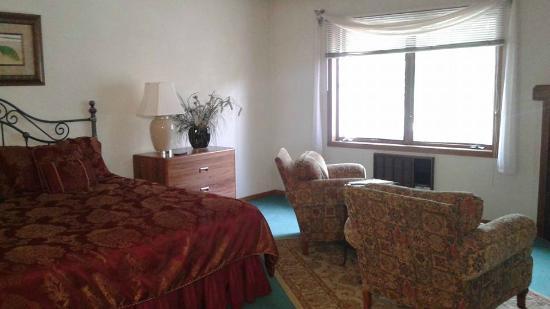 Somerset Inn & Suites: Luxury Suite