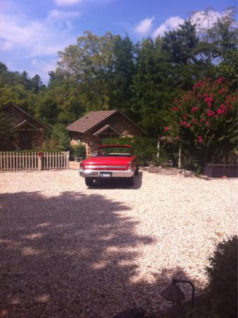 Rock Cottage Gardens B&B Inn: photo1.jpg