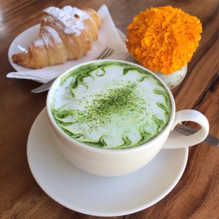 Coffee and bakery at Lili Mama Warung