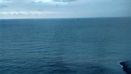 Pemandangan Laut Lepas Dari Kamar Hotel Picture Of Swiss Belhotel
