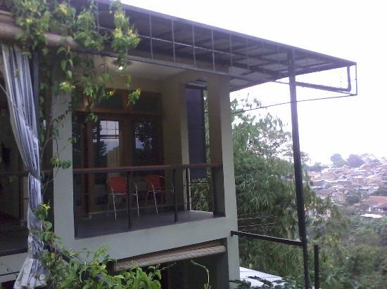 Rumah Kiboku Bed and Breakfast: deluxe room no AC