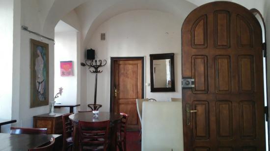 Cafe Mlynek Bed & Breakfast: sala per la colazione