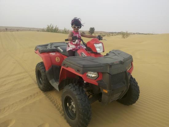 Desert Safariors Camps : Quad Biking