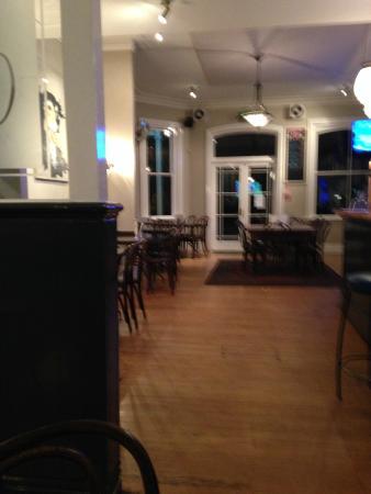 The Martinborough Hotel Bar and Grill: Martinborough Hotel NZ