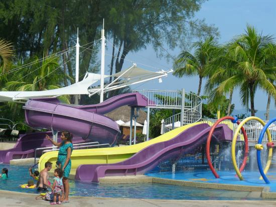 Hard rock hotel kids swimming pool picture of hard rock - Hard rock hotel penang swimming pool ...