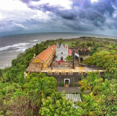 Fort Tiracol Heritage Hotel
