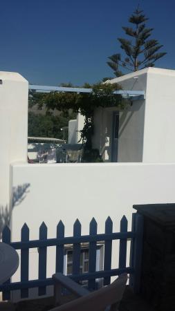 Elena Studios & Apartments