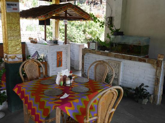 Warung Taman ayu: Tables on the terrace