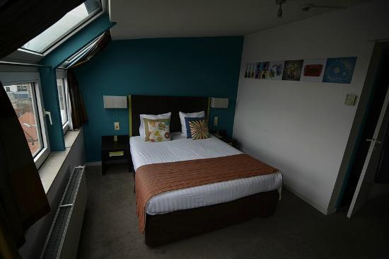 Floris Arlequin Grand Place: Room 703.
