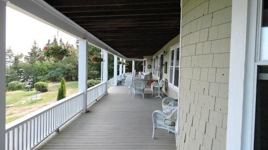 Grey Havens Inn : The porch