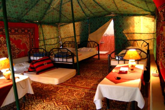 Jabal Rum Camp : Royal Tent with private shower & bathroom