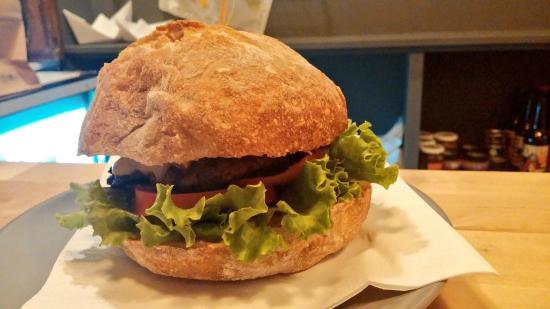 Etel and Pan: Hamburguesa Monte Pindo de buey