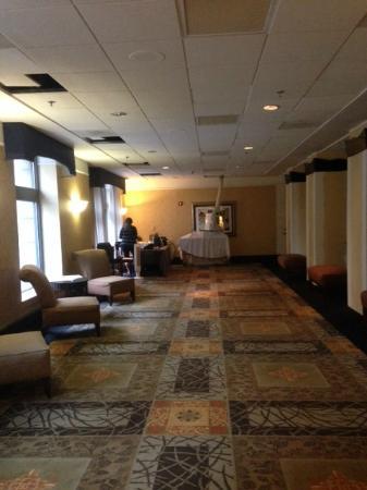 Dayton Grand Hotel: Lobby