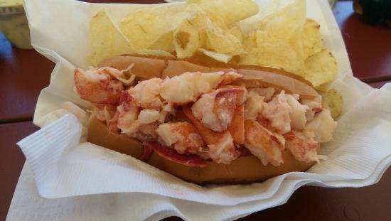 Spruce Head, ME: lobster roll perfection