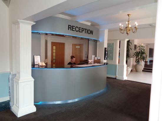 โรงแรมสมาร์ทแอสตันคอร์ท
