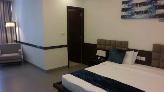 24 Tech Hotel : King Room 3