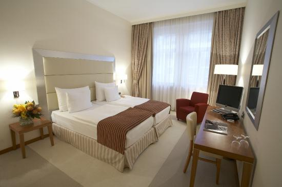 Design merrion hotel prague czech republic updated for Prag design hotel