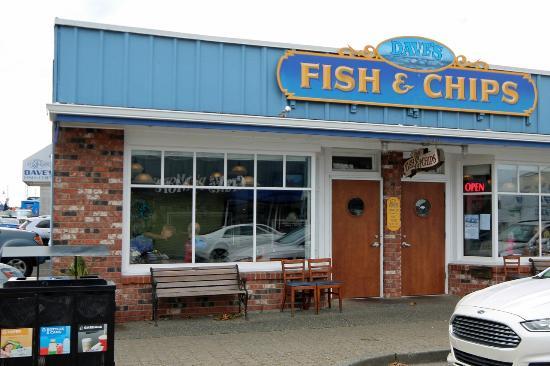 Dave 39 s fish chips parking beside the restaurant for Plenty of fish richmond va