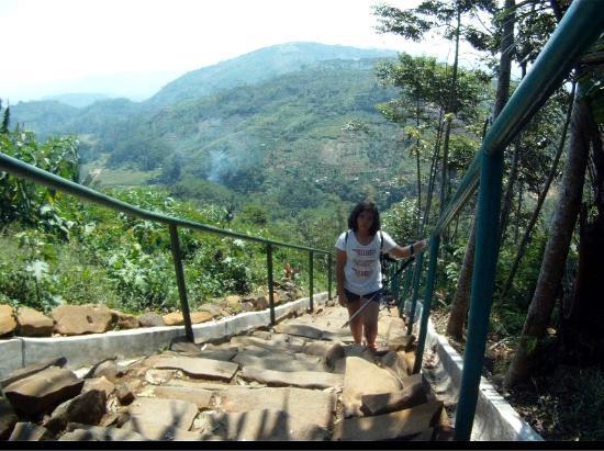 Tangga Dgn Pemandangan Gunung Picture Of Gunung Padang Megalithic